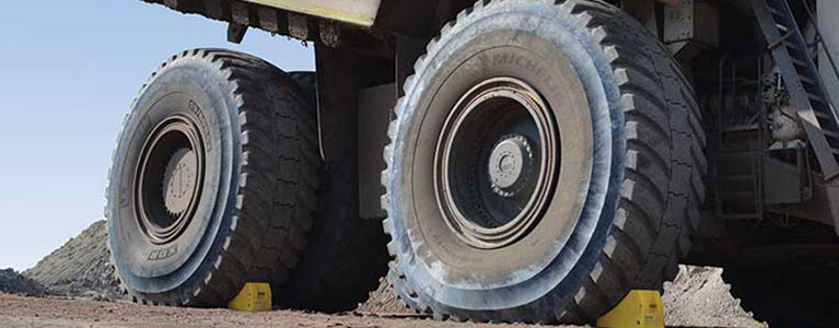How to Select the Right Wheel Chocks