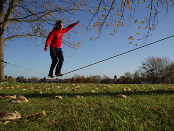 Walking on a slackline