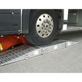 BUS-STANDS Portable Aluminum Bus Service Stands 2