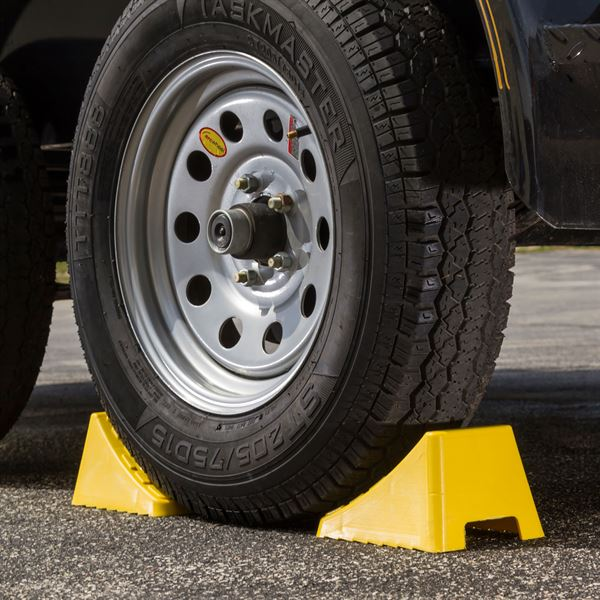 Trailer Wheel Chocks >> 8 Long Vehicle Wheel Chocks Discount Ramps