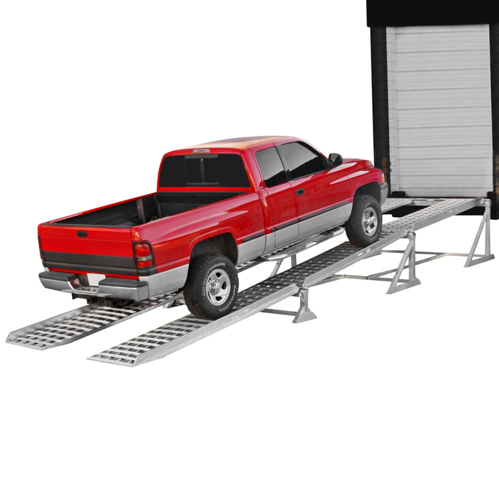 07-30-360-01-01-01MEC 31 L Portable Dock Ramp With End Stand 11000 lb Capacity