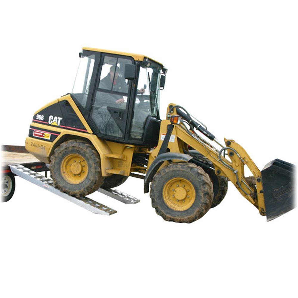 10-14-090-05-S 7 6 L x 14 W x 4-14 H Aluminum Ramps with Hook Ends - 10000 lb per axle Capacity