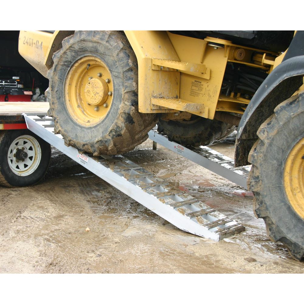 10-14-090-05-S 7 6 L x 14 W x 4-14 H Aluminum Ramps with Hook Ends - 10000 lb per axle Capacity 1