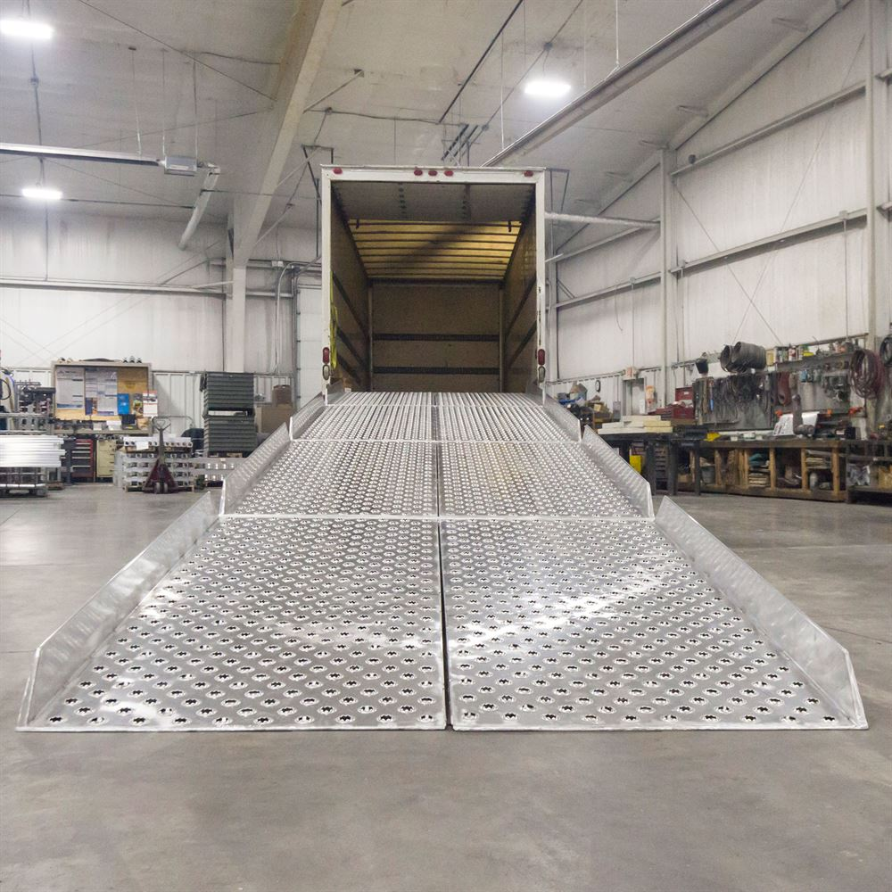 Portable Aluminum Yard Ramp System With 6 Quot Safety Guard