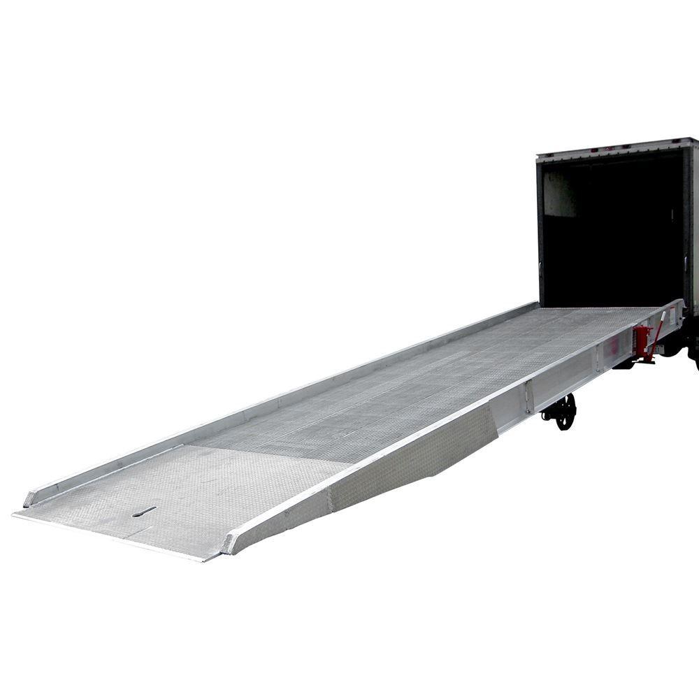 AY-168430 30 L x 86 W - 16000 lb Capacity Vestil Aluminum Yard Ramp