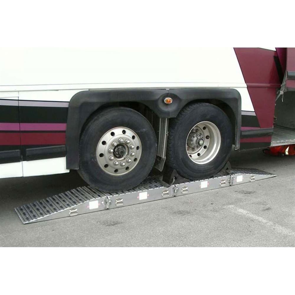 Bus-Stands-80-20-Rear Rear Bus Stands 80000-lb Capacity