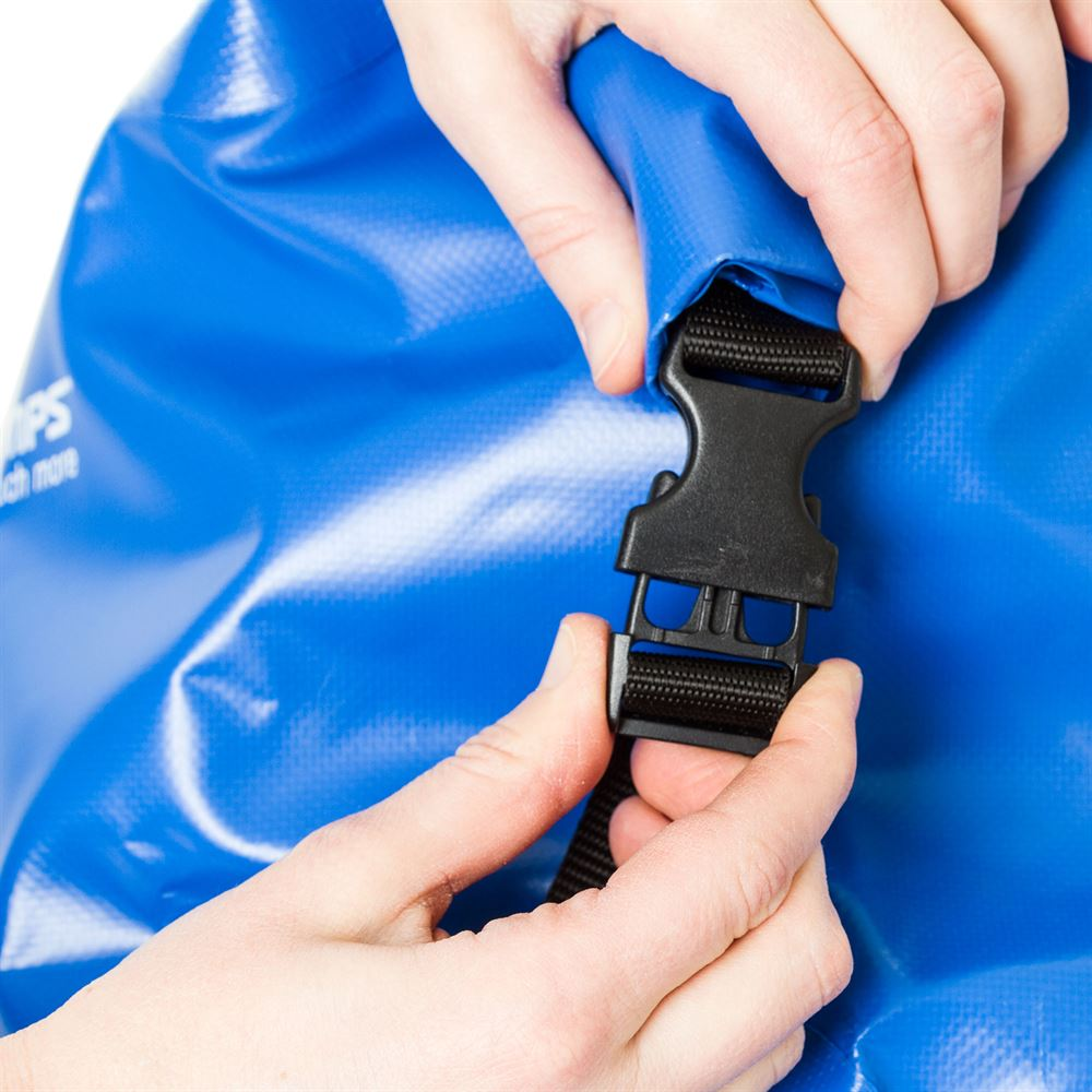 Buckling the dry bag backpack