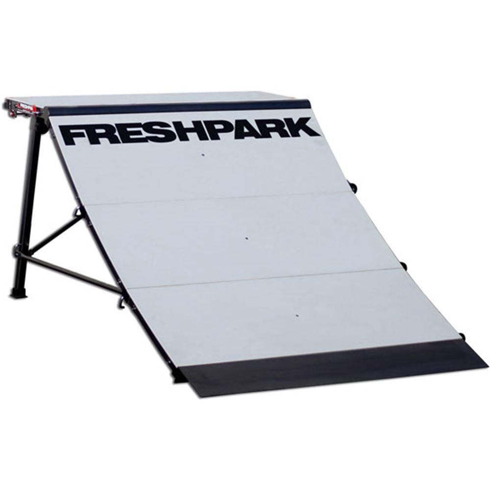 FP-301 Freshpark 3 High Quarter Pipe