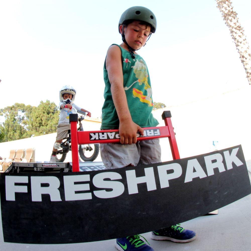 FP-MWK Freshpark Mini Wedge Kicker 1