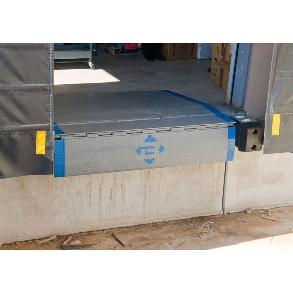 Bluff manufacturing steel lo dock leveler discount ramps