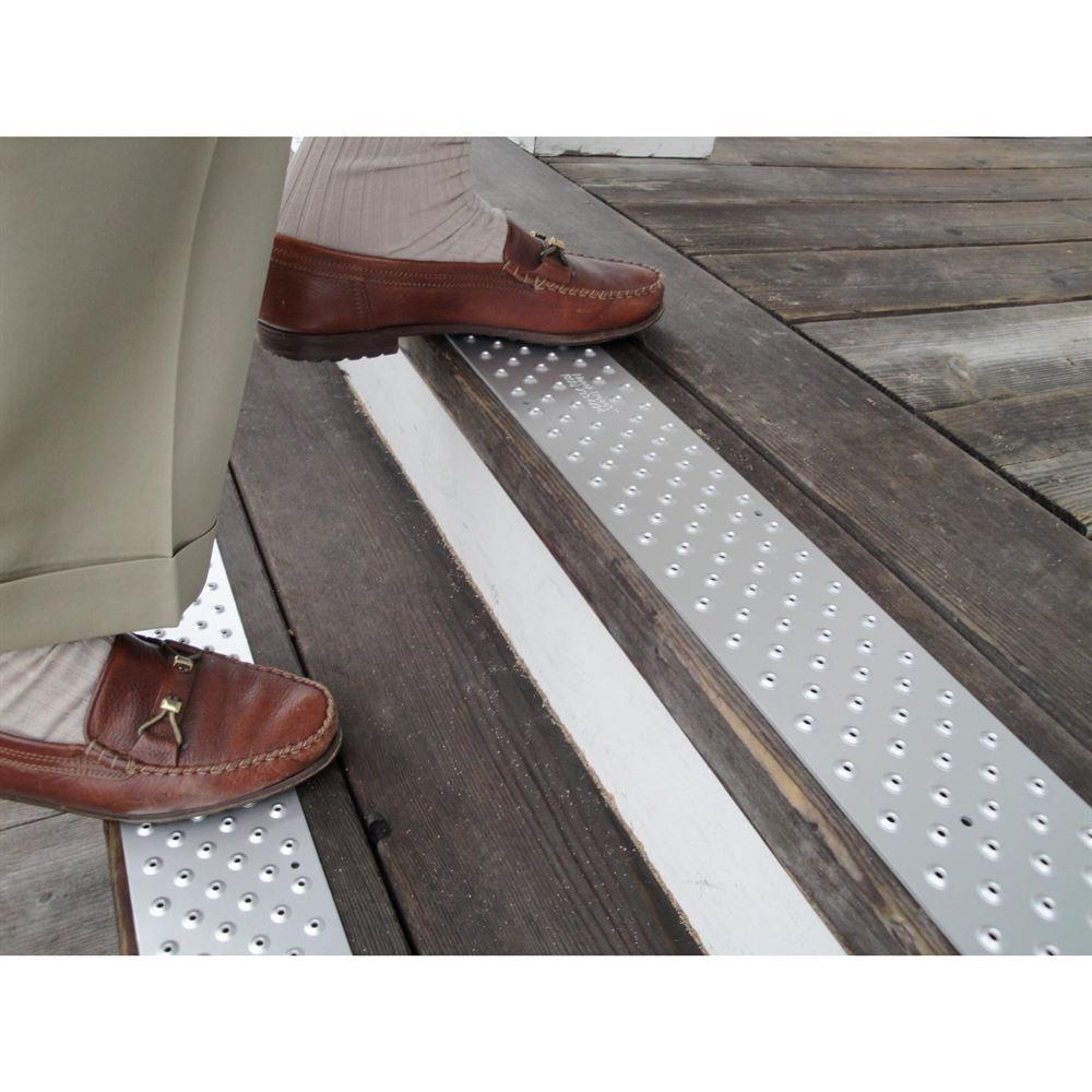 Genial NST 100 Handi Ramp Non Slip Stair Tread   30 X 3