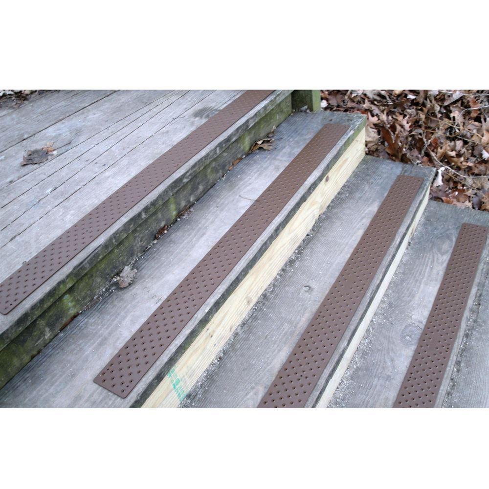 NST 160 Handi Ramp Non Slip Stair Tread   30 X 3