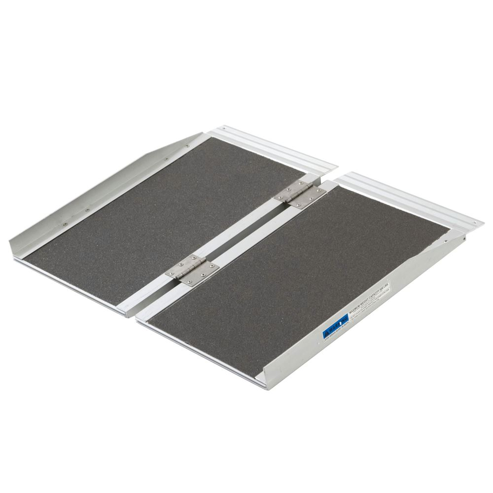 SCGPLUS-2 2 L Silver Spring Aluminum Single-Fold Wheelchair Ramp - 600 lb Capacity