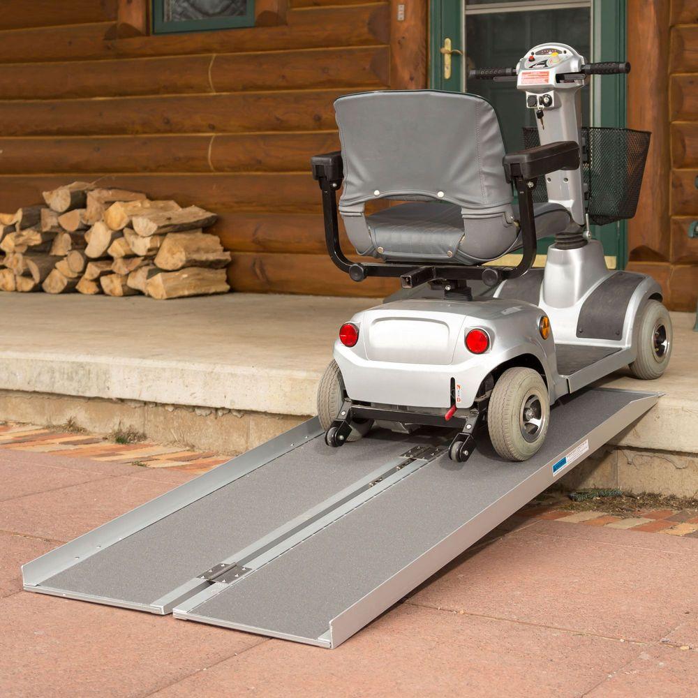 SCGPLUS Silver Spring Aluminum Single-Fold Wheelchair Ramp 1