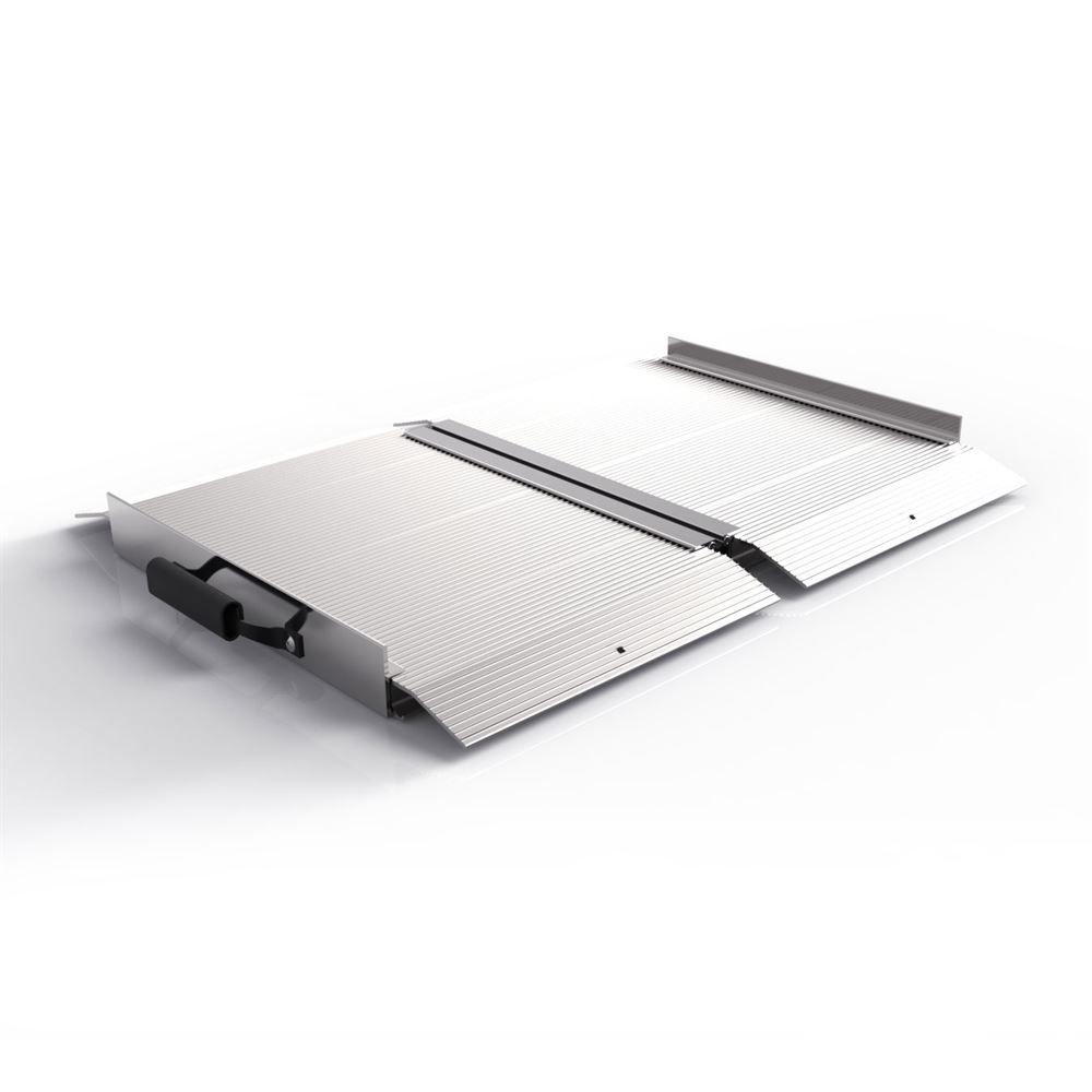 SF02 2 L EZ-ACCESS TRAVERSE Aluminum Singlefold Ramp