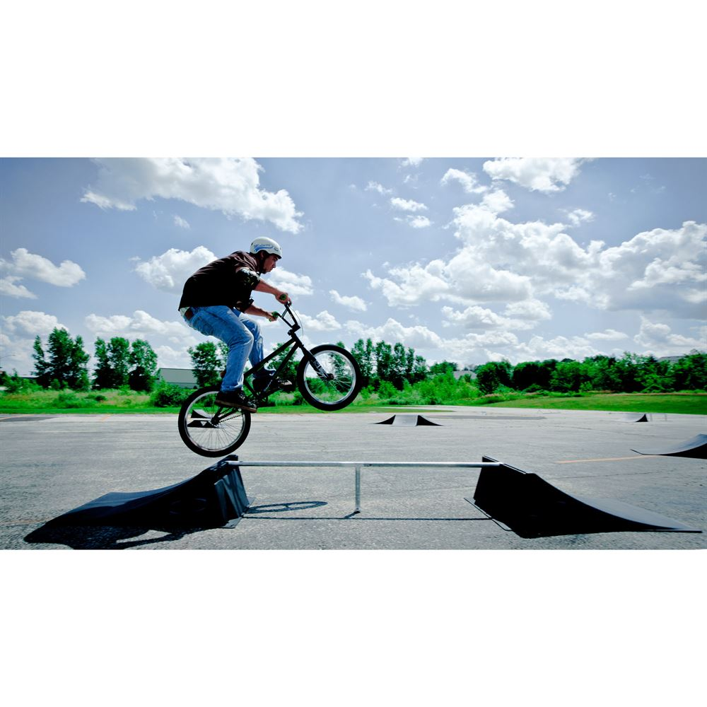 SK-906 12 High Double Skateboard Launch Ramp With Center Grind Rail 4
