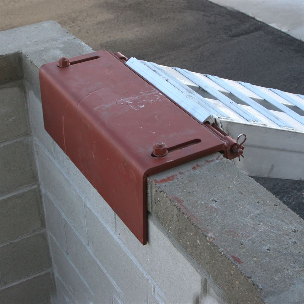 Masonry Wall Brackets for Pin-On End Loading Ramps | Discount Ramps