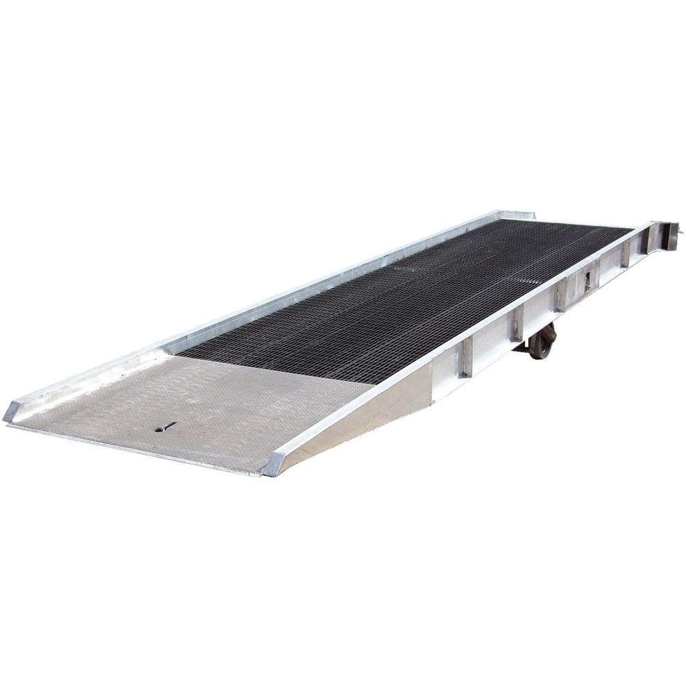 SY-167236-L 36 L x 74 W - 16000 lb Capacity Vestil Aluminum Yard Ramp with Steel Grating