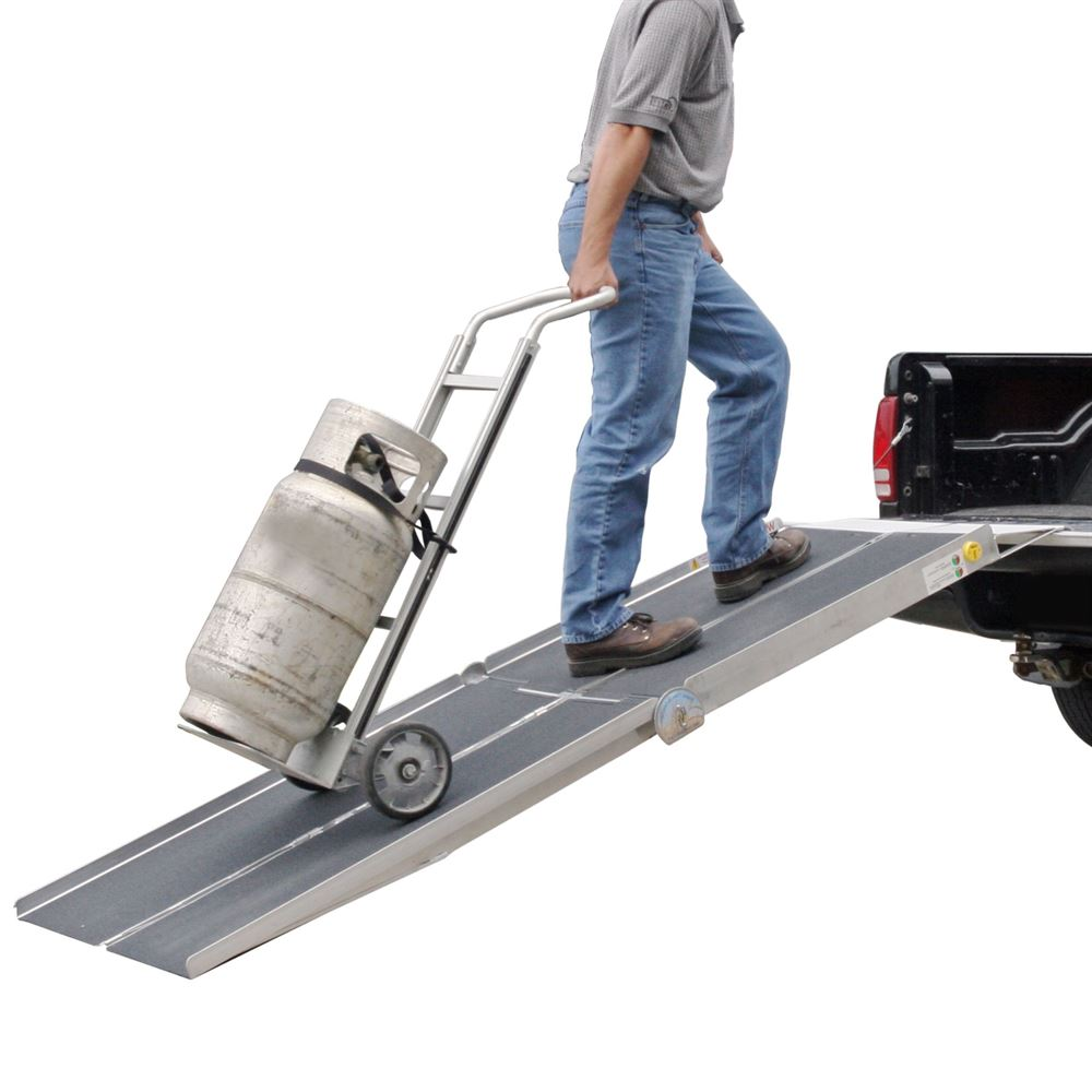 UTX30 PVI Aluminum 30 Wide Apron-End Aluminum Multi-Fold Walk Ramp